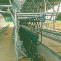 DeLaval Midiline Slim Milking System with ACR5000.